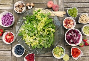 How To Save Money On Superfoods And Smoothies