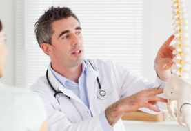5 Most Powerful Signs It's Time to See a Spine Doctor