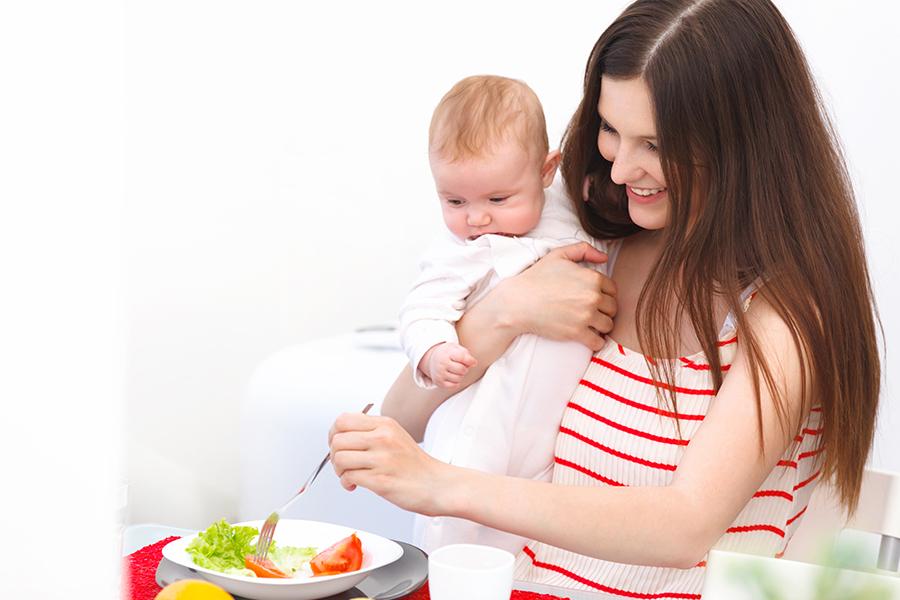 woman-sucking-breast-diet-feeding-soda