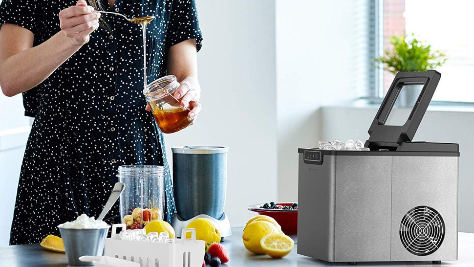 crushed ice maker